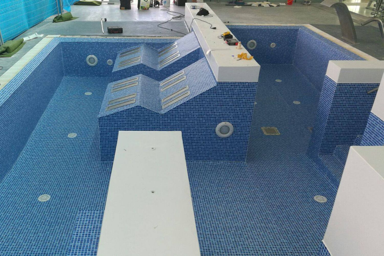 Impermeabilizacion de piscinas barcelona construccion de piscinas - Construccion piscinas barcelona ...