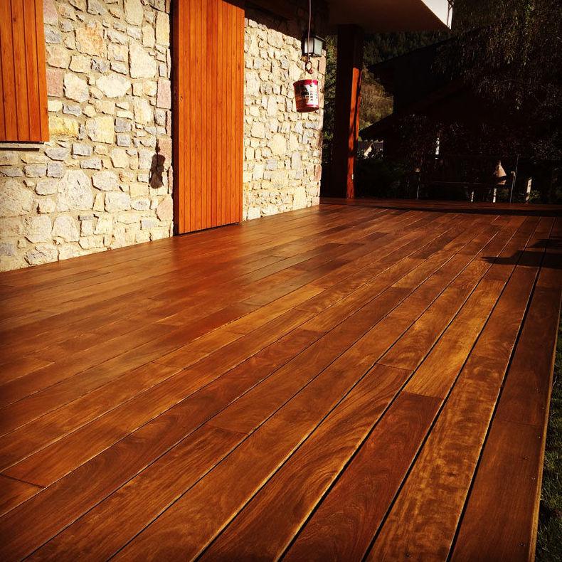 Pulido y barnizado de suelos de madera