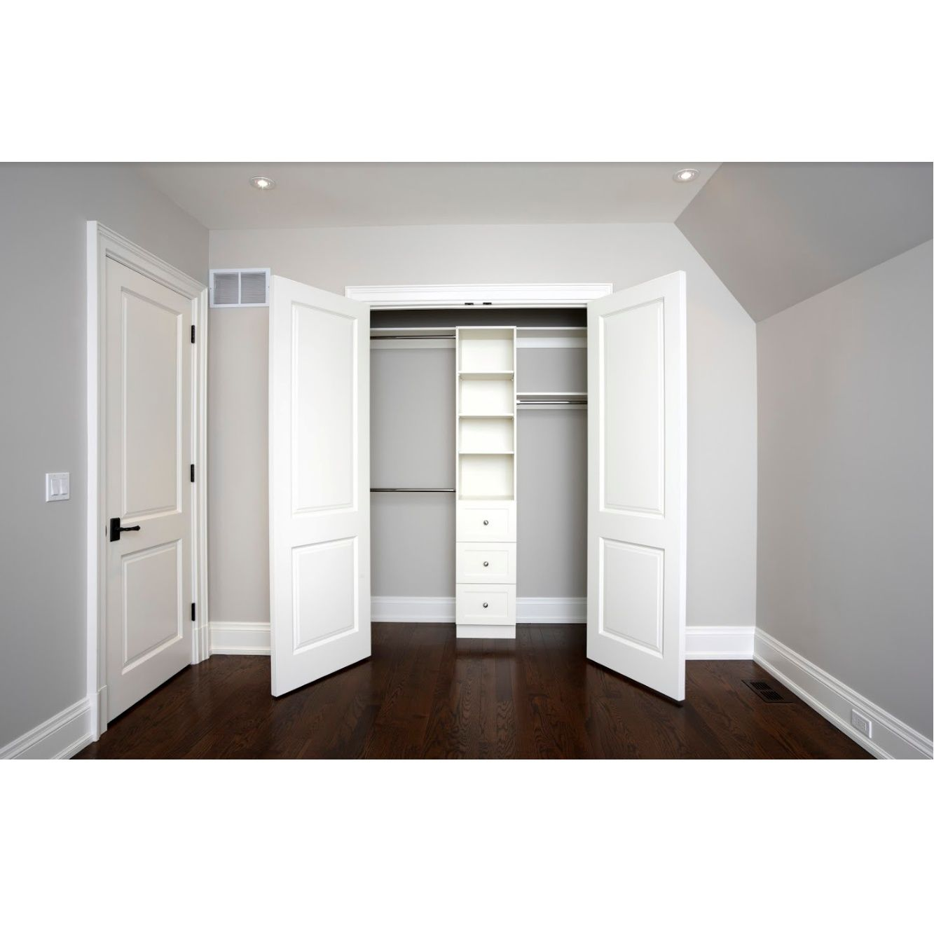 Instalaciones de armarios, puertas y cocinas: Servicios de Maderfloor