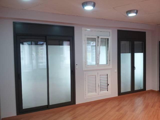 Puertas de alumimio y PVC: Productos de Muraluminis