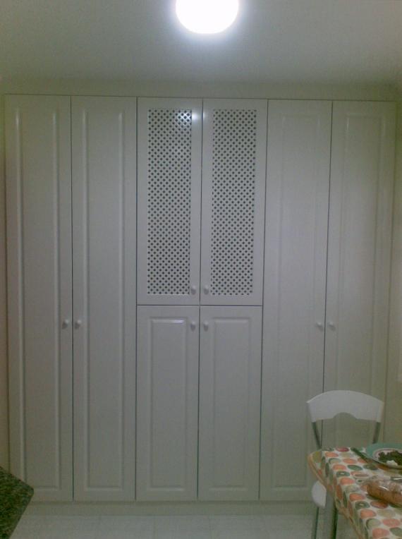 Despensa con puertas batientes lacadas Blanco Rot