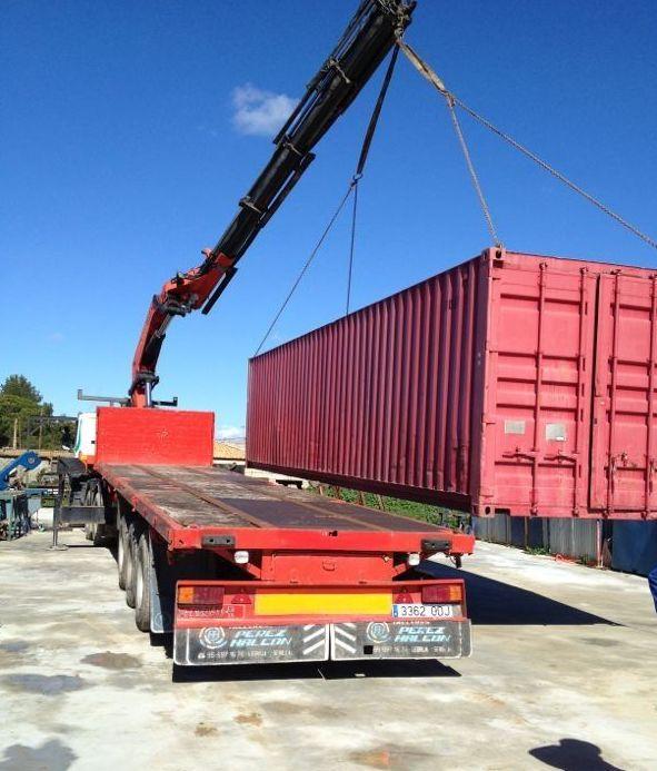 Descarga de contenedor 12 metros