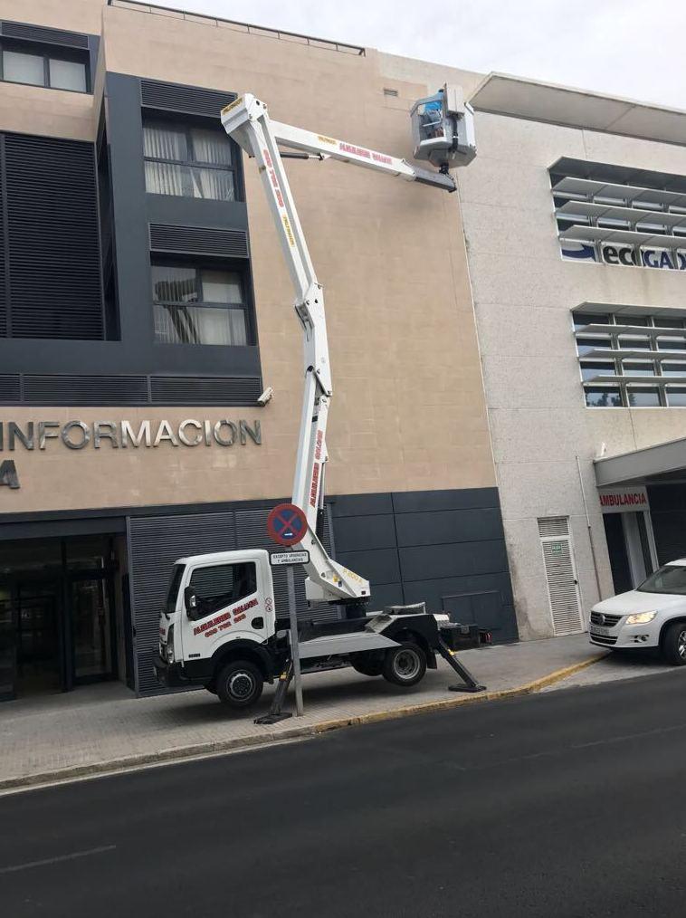 Foto 6 de Transporte de mercancías en Chiclana de la Frontera | Transportes y Grúas Galván - Alquileres Galván
