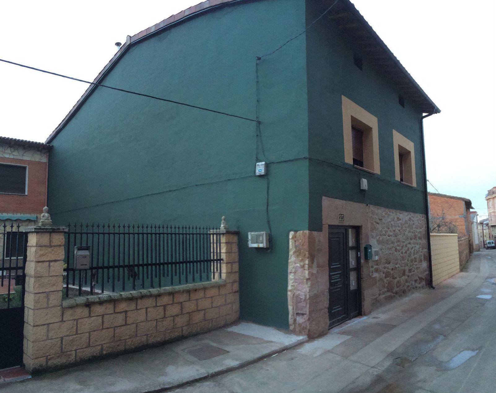 Vista del fin de obra de la rehabilitación de vivienda unifamiliar en Alesanco