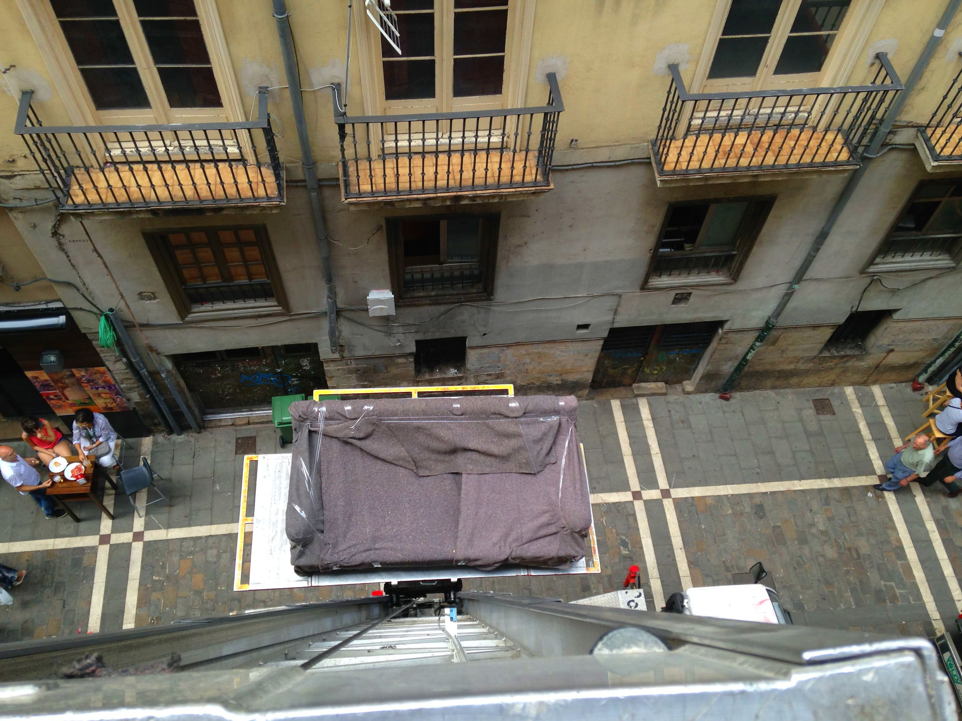 Mudanzas Gamo, traslado de muebles en Pamplona, Iruña.