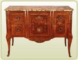Antigüedades Moyano, compra venta de muebles antiguos en Barcelona