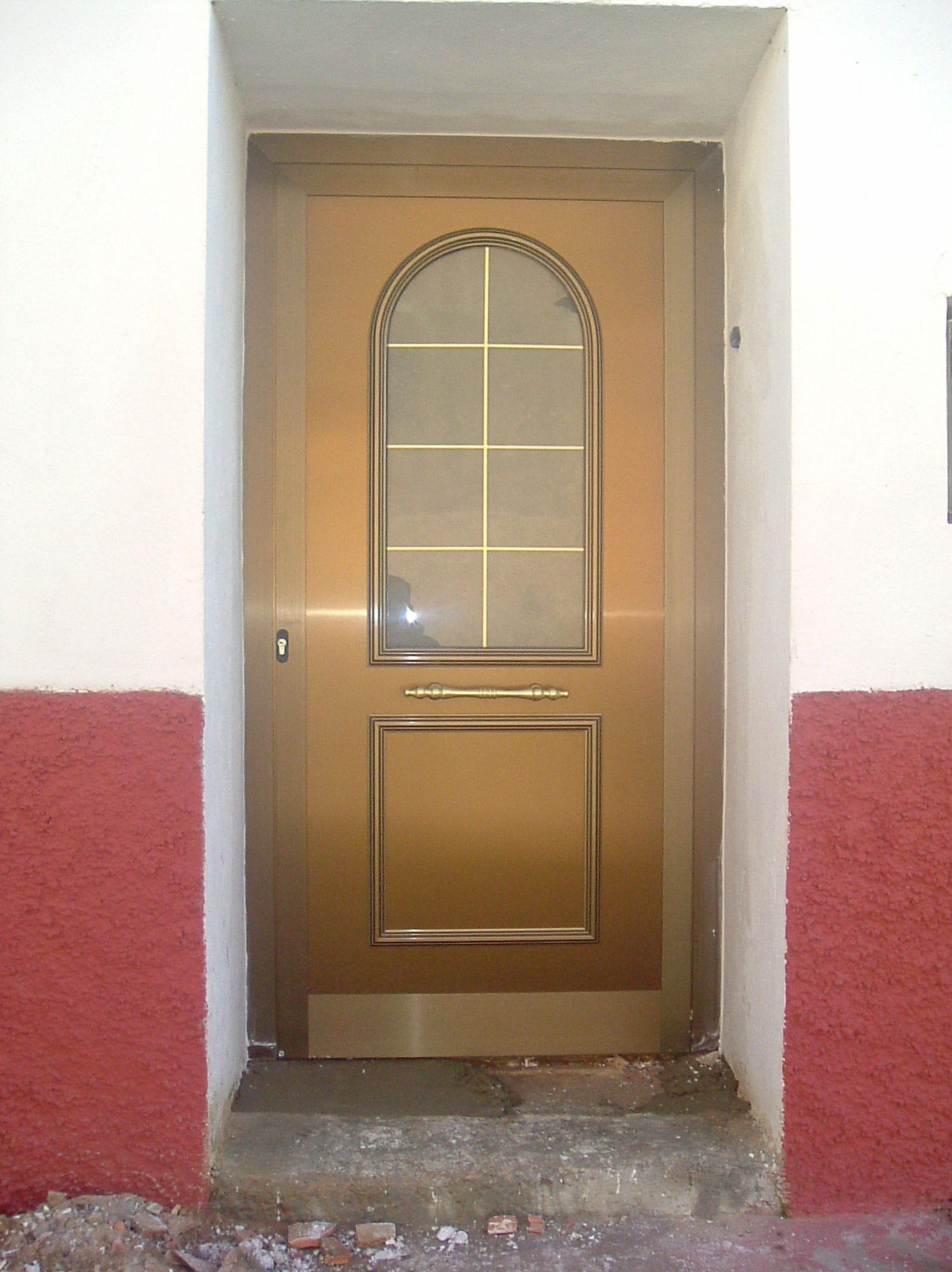 Puerta de entrada aluminio Zaragoza