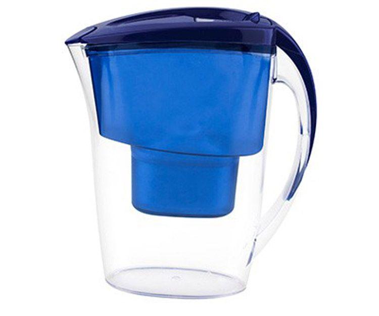 Alfa jarra de agua filtrada