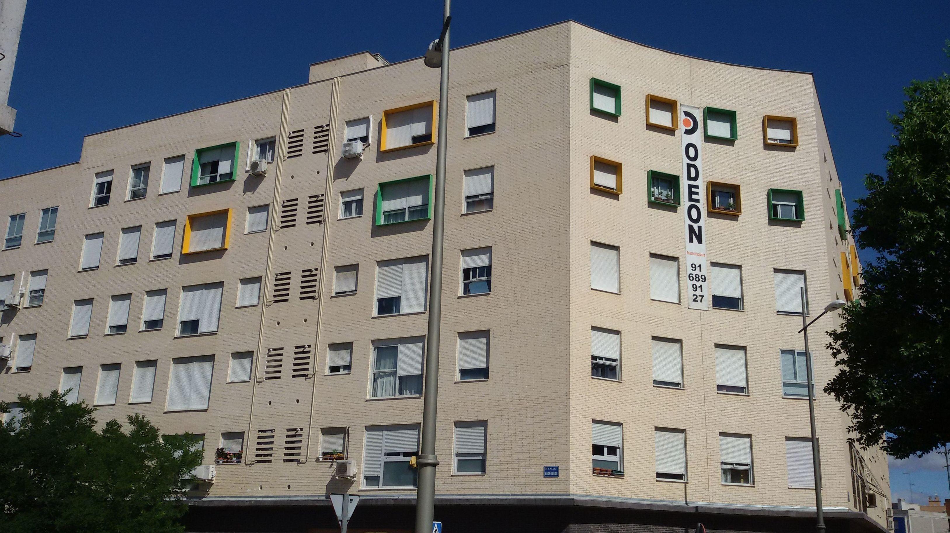 Restauración de fachadas de ladrillo visto. Estado anterior