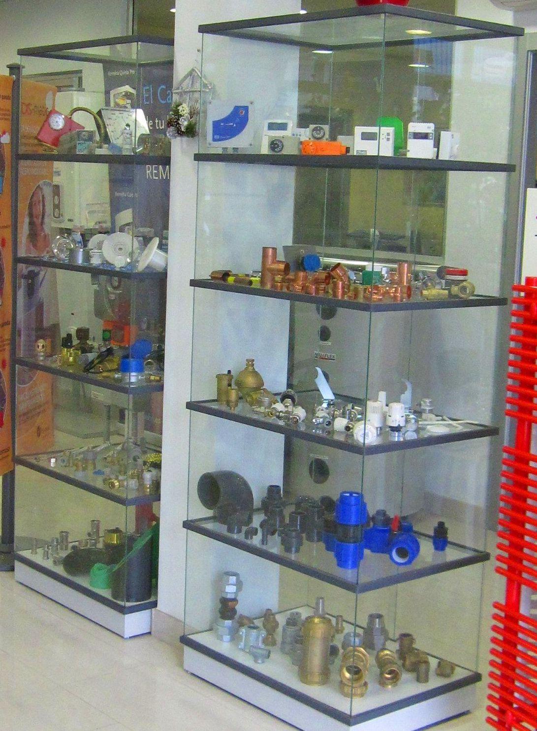 Suministros de fontanería: Servicios de Suministros y Distribuciones Estrada, S. L.
