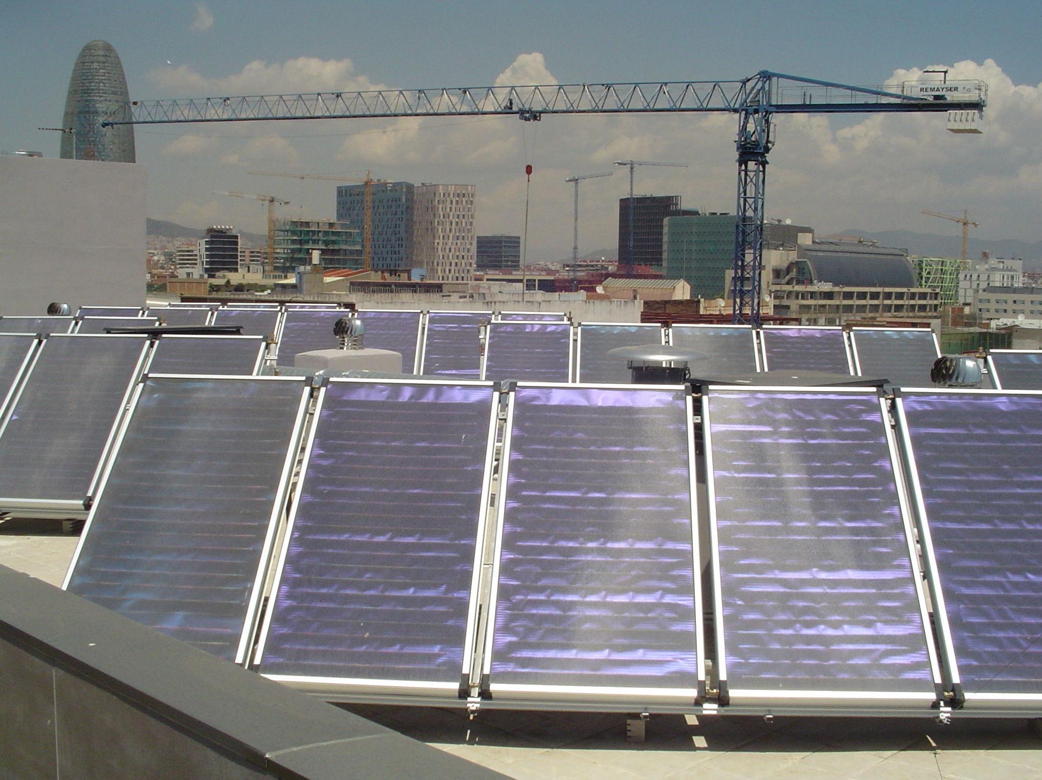 Placas solares: Servicios de Suministros y Distribuciones Estrada, S. L.
