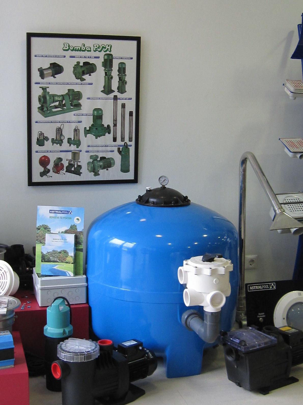 Filtros y bombas piscina: Servicios de Suministros y Distribuciones Estrada, S. L.