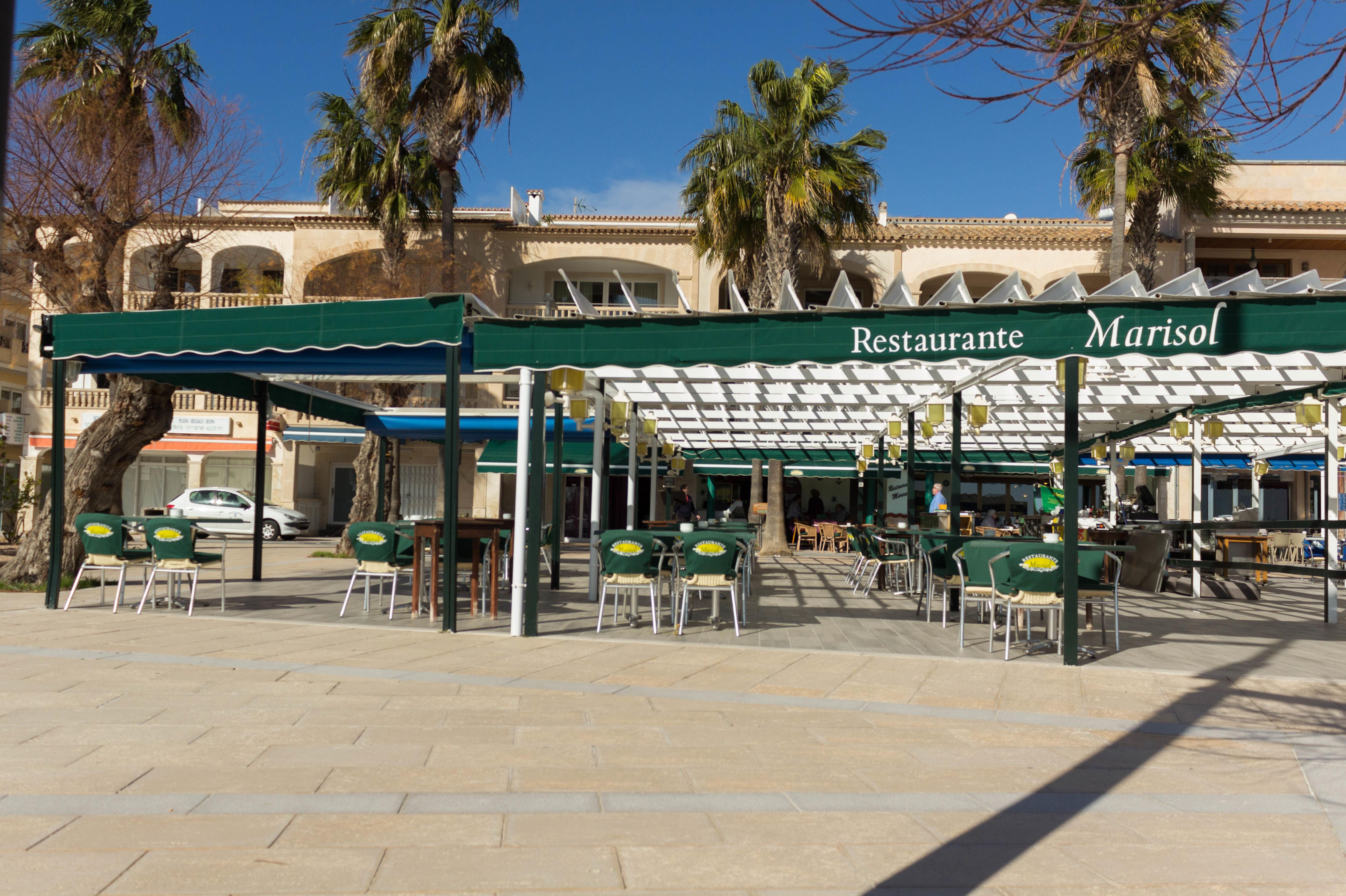 Restaurante cerca de la playa
