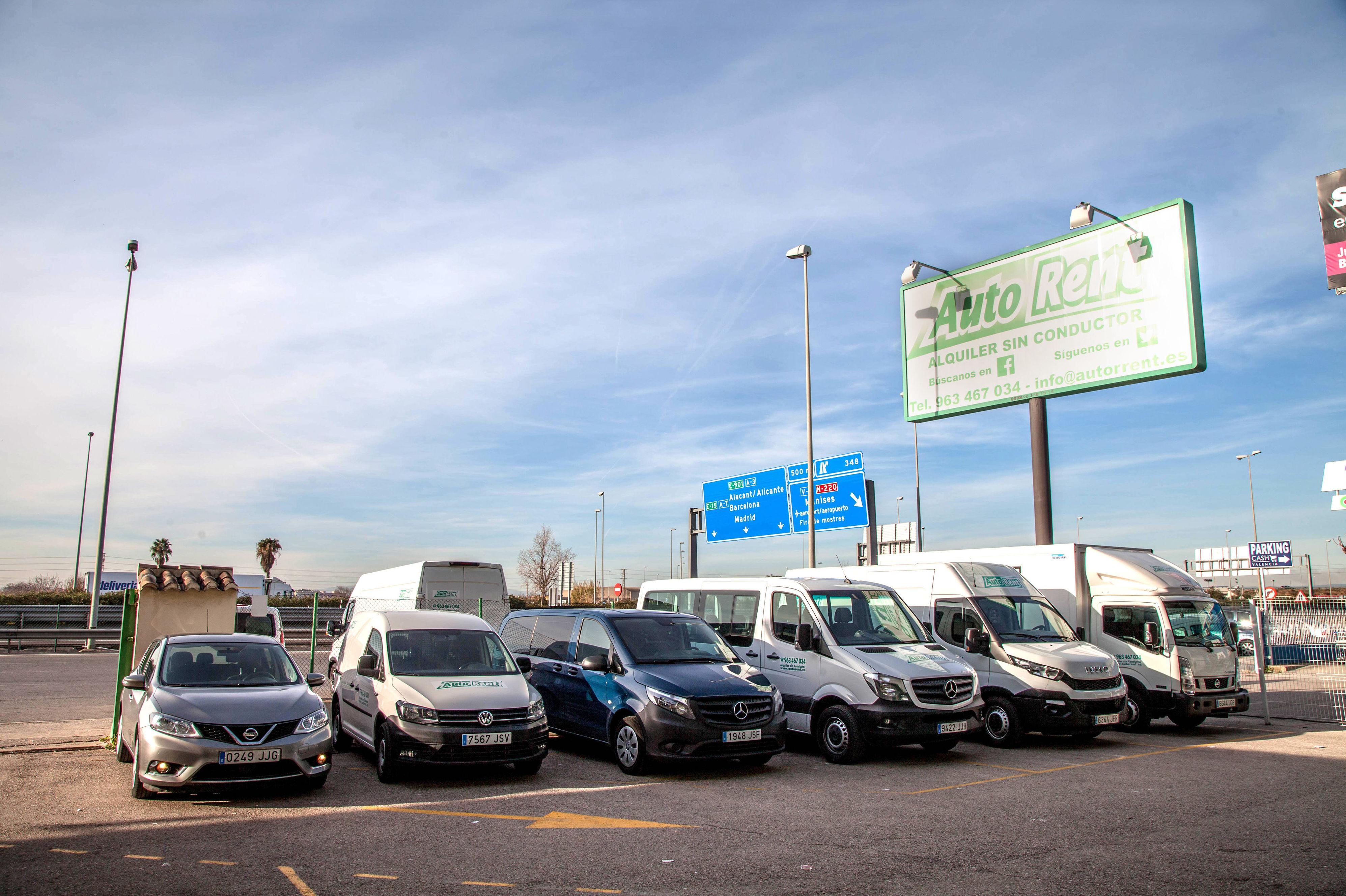 Empresa de alquiler de camiones, furgonetas y coches en Valencia