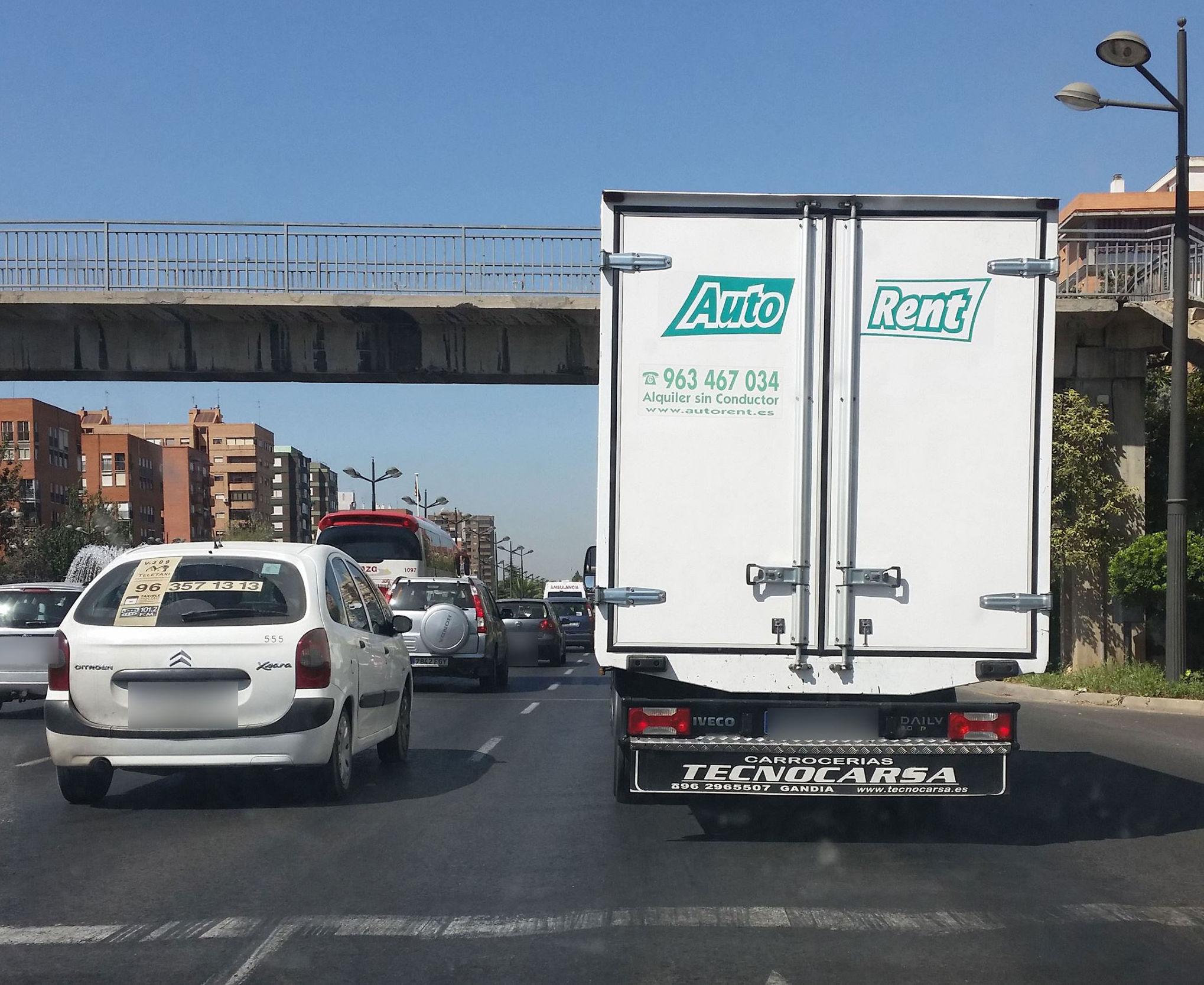 Nuestras furgonetas facilitan el trabajo a miles de autónomos!