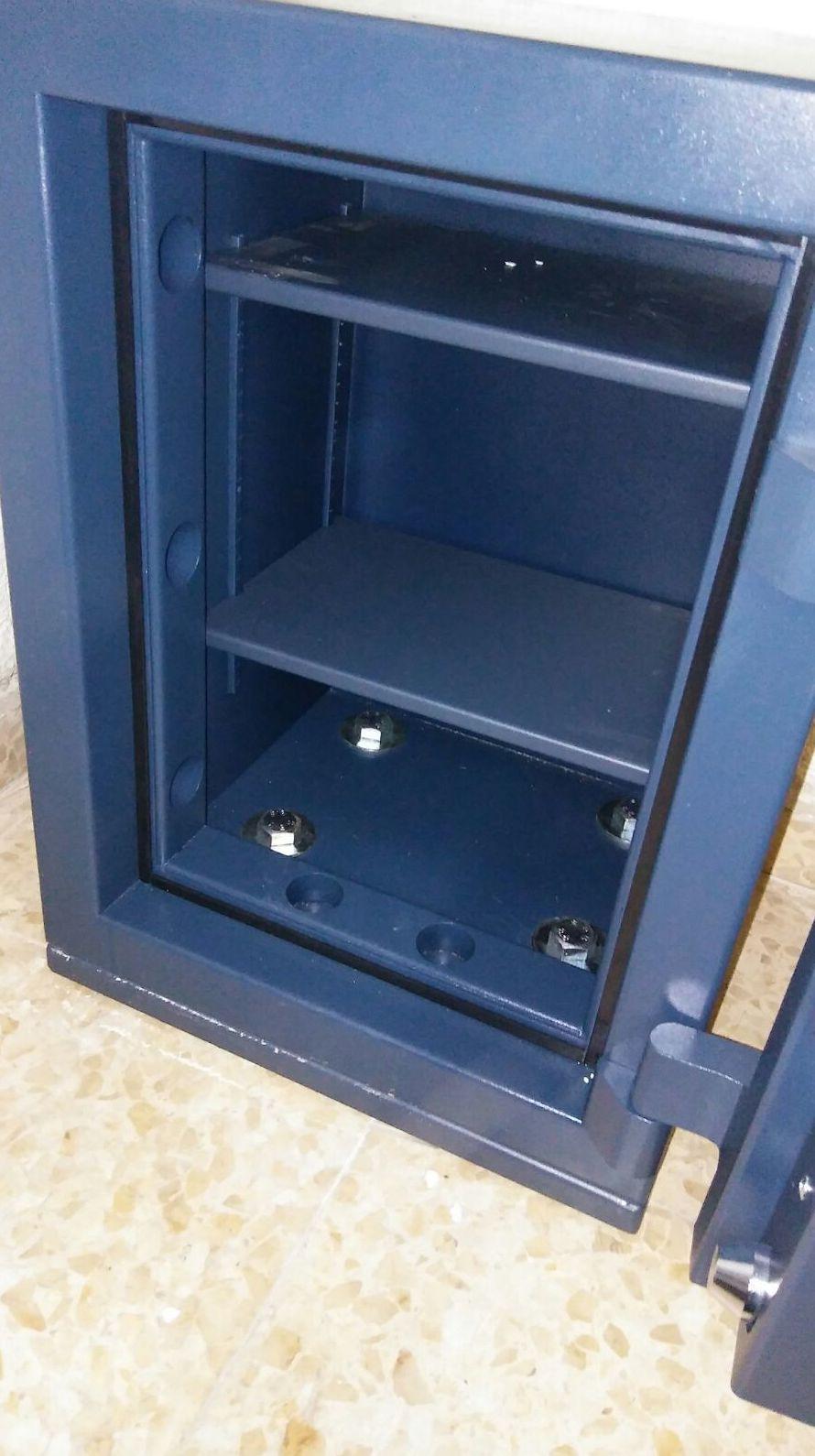Anclajes para cajas fuertes Madrid