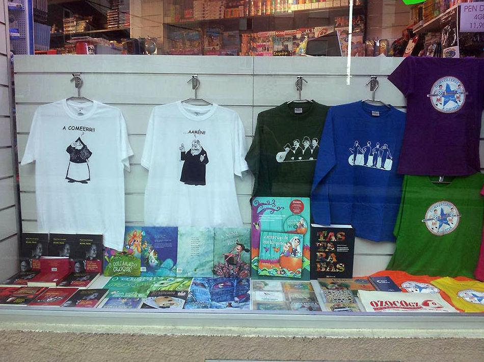 Venta de libros y regalos en Librería Miranda, Bueu
