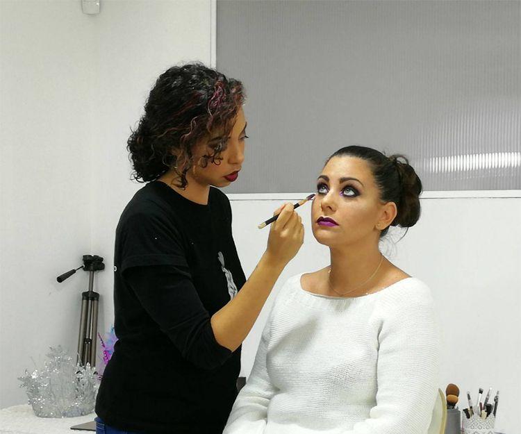 Aprende a maquillarte con nosotros