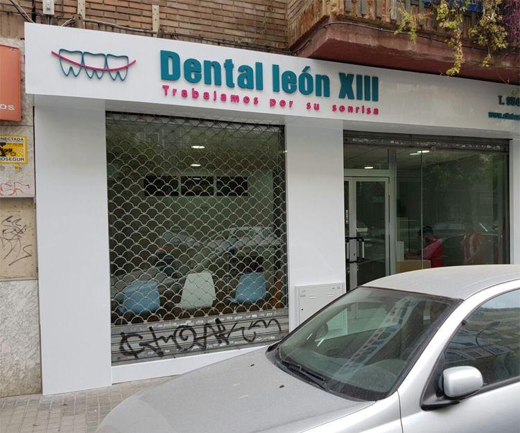 Rótulo para clínica dental