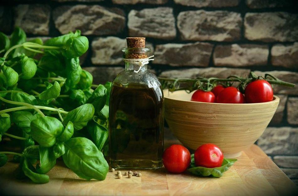 Nutrición y suplementos: Especialidades de Doctora María Alfaro Medicinas Alternativas