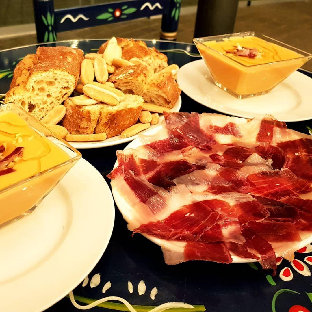 Foto 5 de Restaurantes espectáculo en Madrid | Restaurante La Rumba