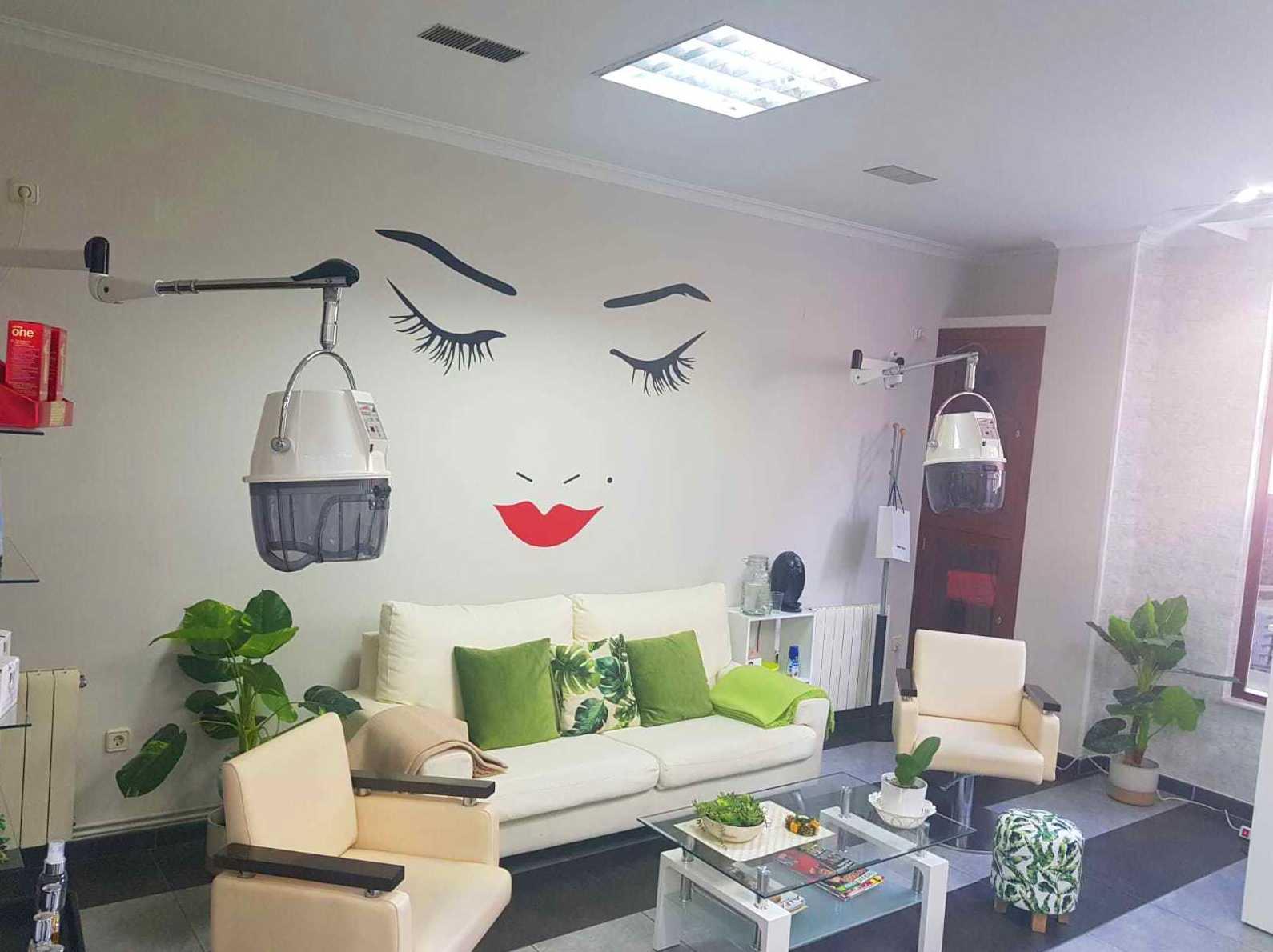 Foto 3 de Peluquería y estilismo en  | Salón de Belleza La Coquette