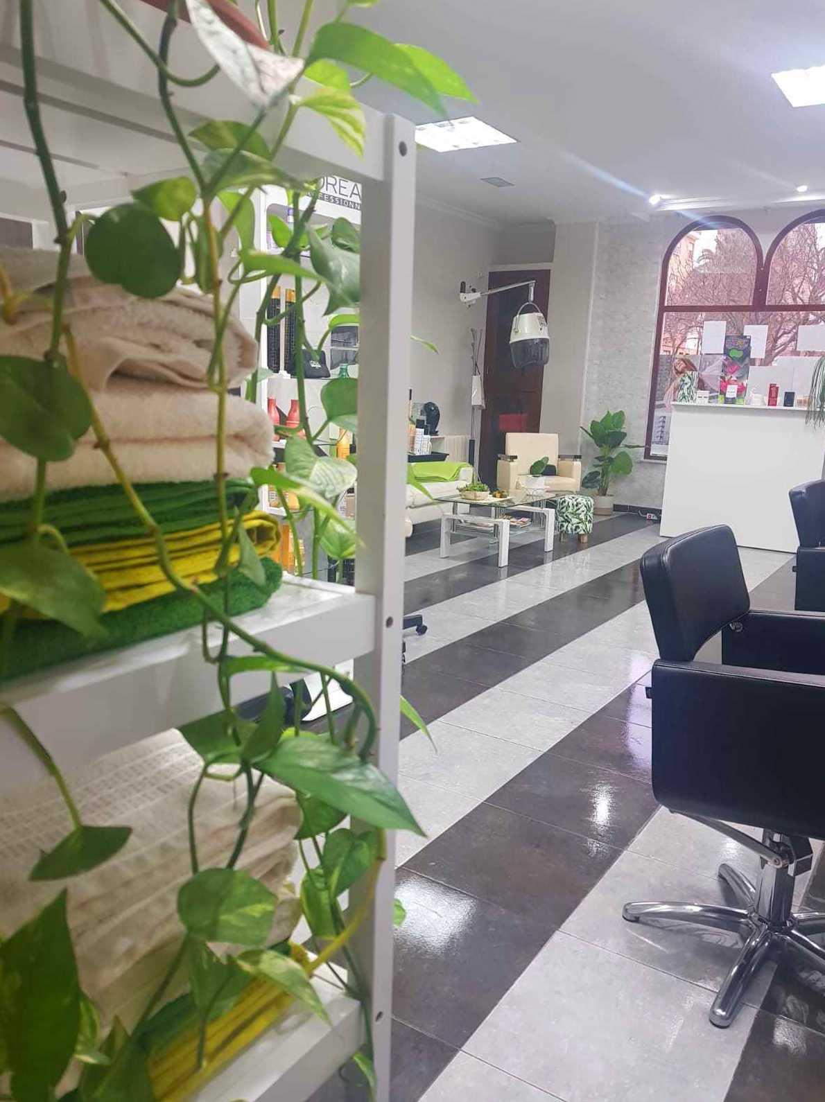 Foto 8 de Peluquería y estilismo en  | Salón de Belleza La Coquette