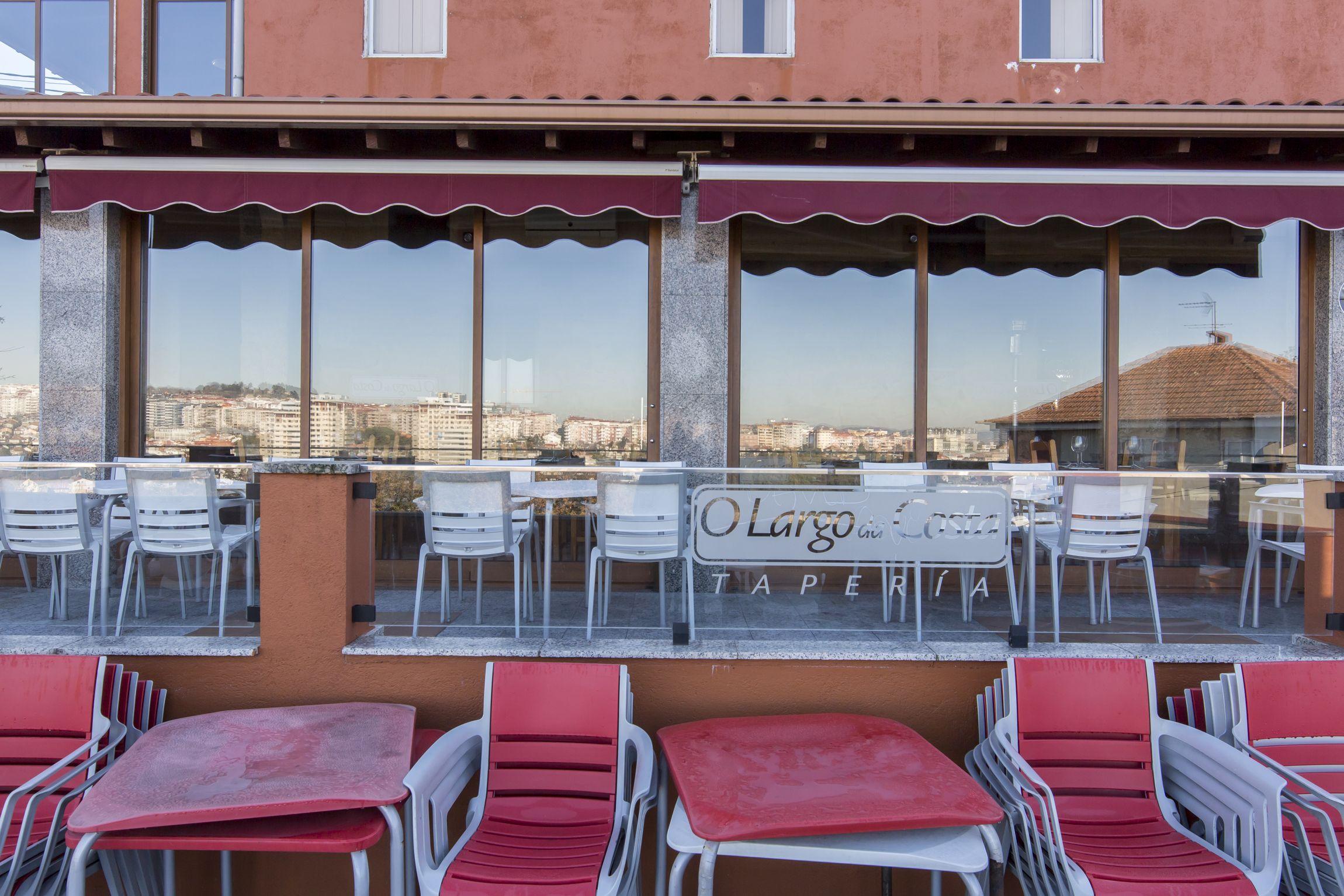 Foto 11 de Cocina gallega en Vigo Castrelos | O Largo da Costa Complejo