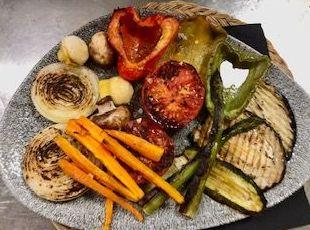 Foto 44 de Cocina mediterránea en Es Mercadal | Restaurant Es Cactus