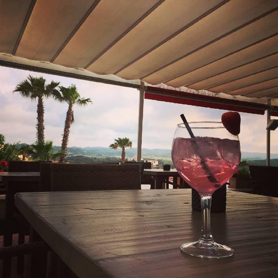 Foto 10 de Cocina mediterránea en Es Mercadal | Restaurant Es Cactus