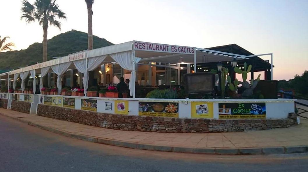 Restaurante de cocina mediterránea en Es Mercadal