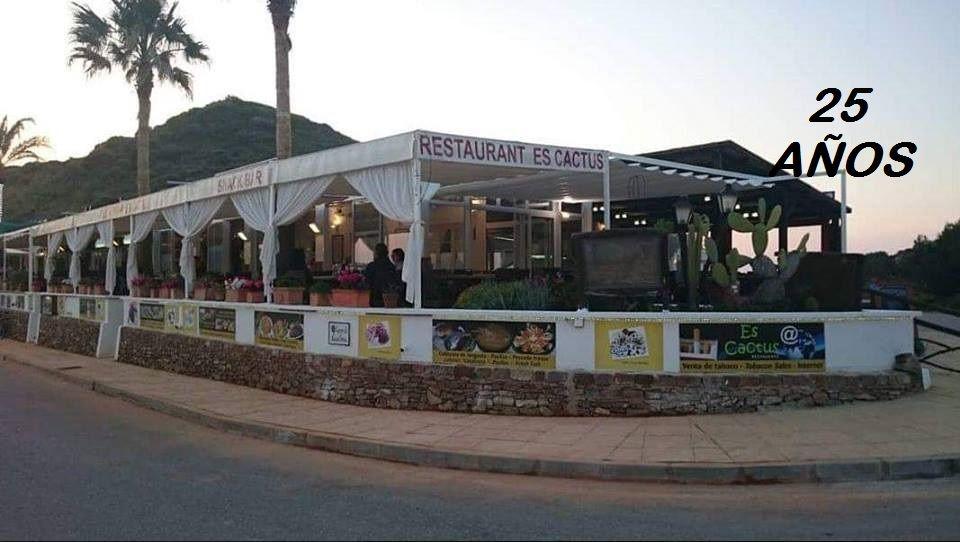 Foto 3 de Cocina mediterránea en Es Mercadal | Restaurant Es Cactus