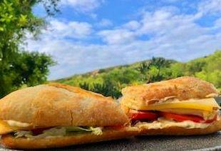 Foto 43 de Cocina mediterránea en Es Mercadal | Restaurant Es Cactus