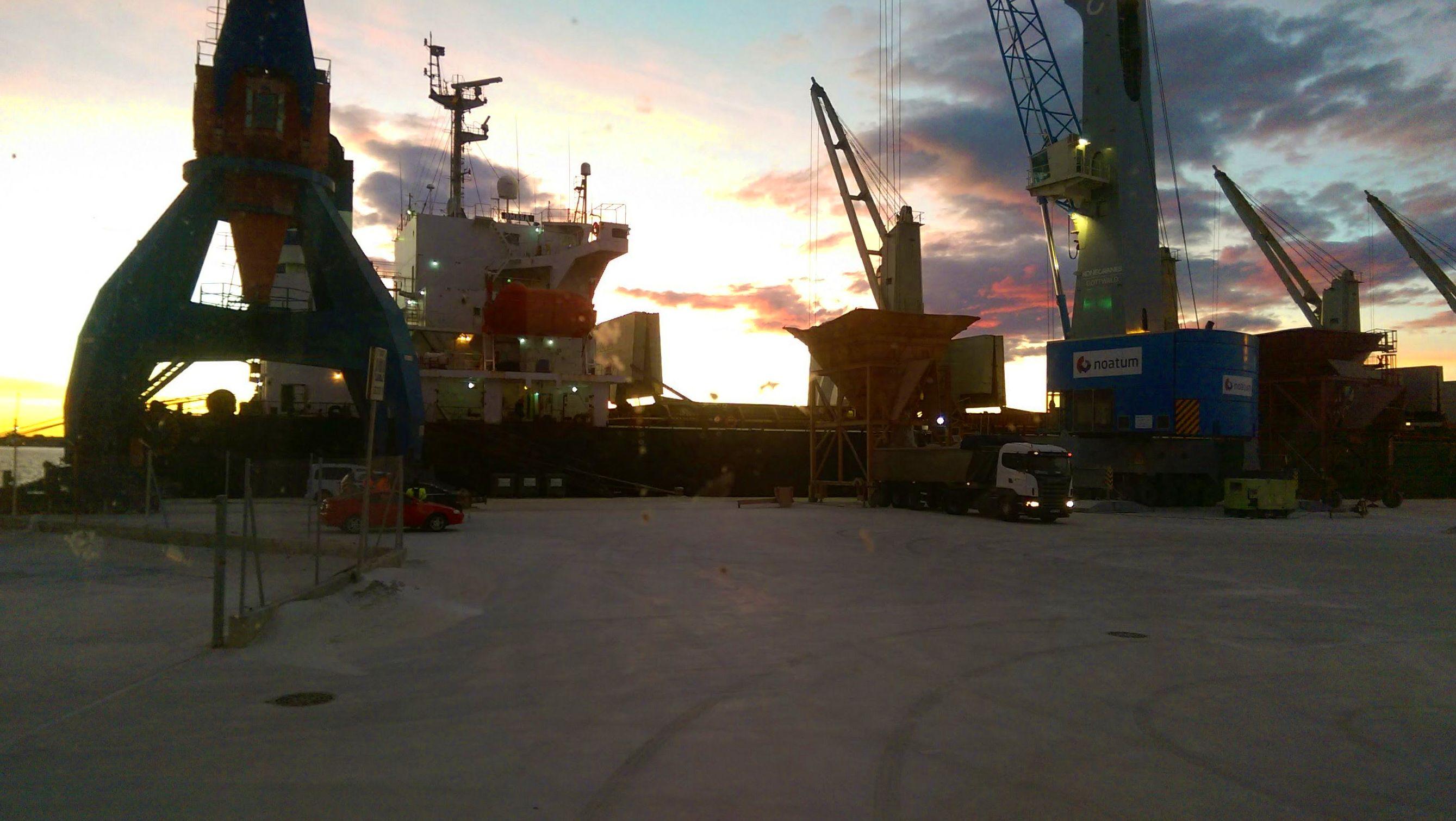 Foto 3 de Transporte de mercancías en Ribesalbes | EUGENIO, S. A.