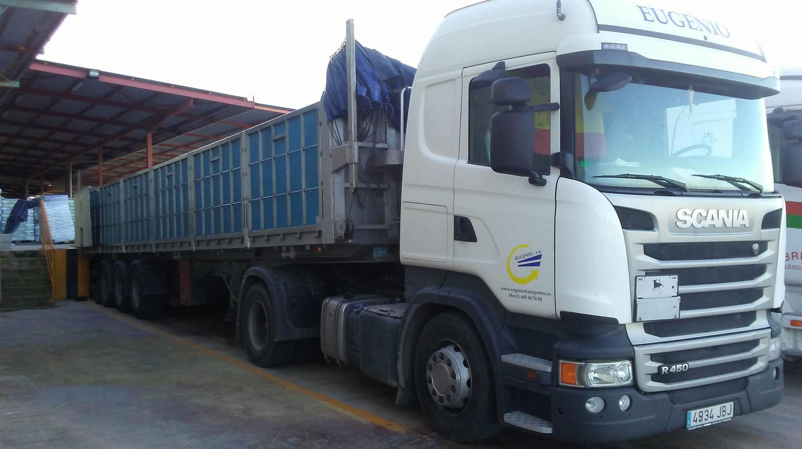 Foto 5 de Transporte de mercancías en Ribesalbes   EUGENIO, S. A.