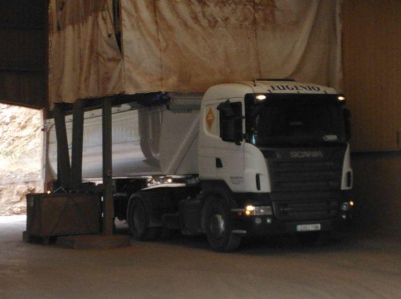 Foto 9 de Transporte de mercancías en Ribesalbes | EUGENIO, S. A.