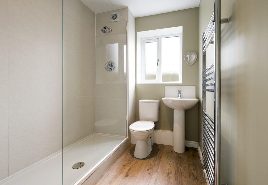 Azulejos baratos en Alcobendas: color para cuartos de baño ...