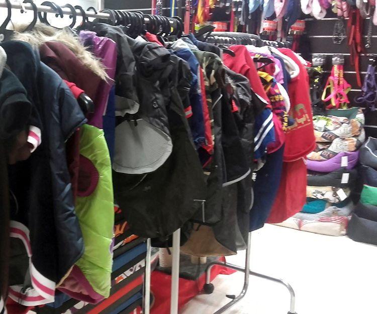 Tienda de ropa y complementos para mascotas en Santa Coloma de Gramanet