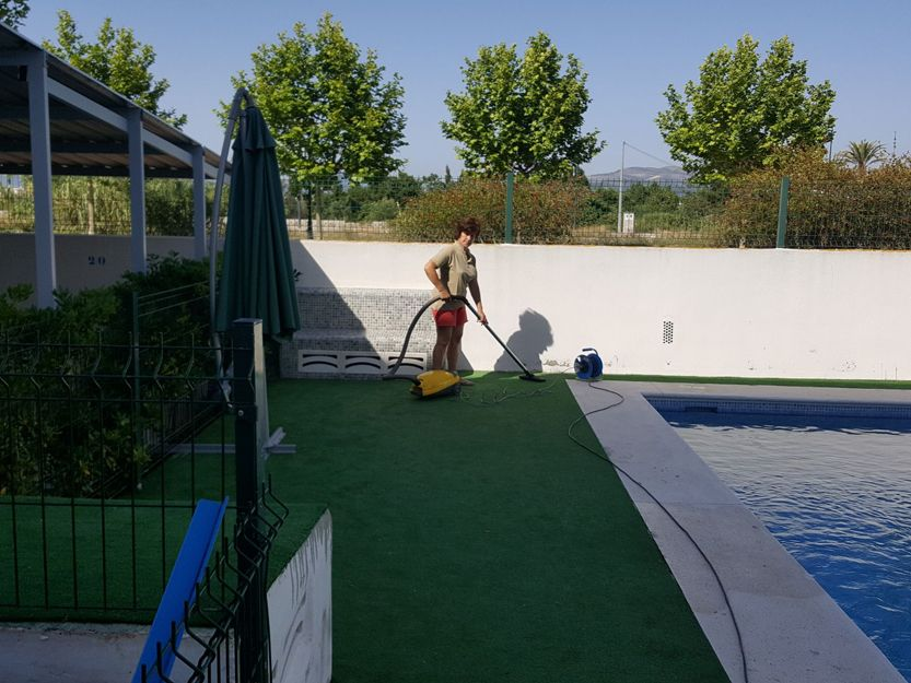 Jardineros en Oliva