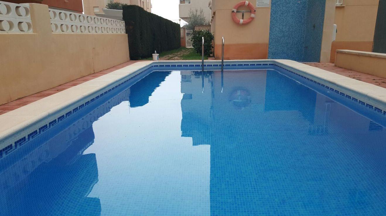 Limpieza de piscinas Gandía