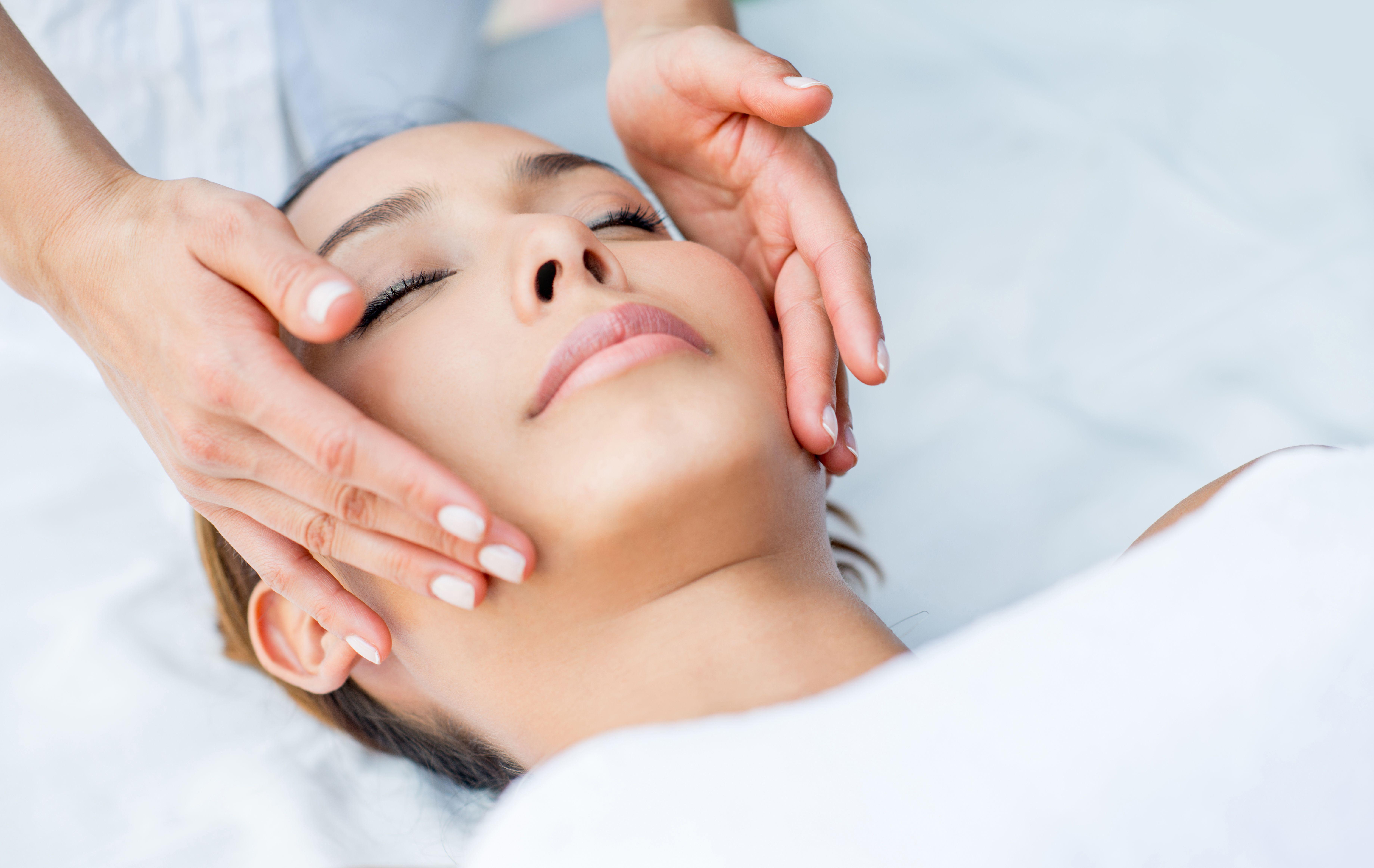 Natural Cosmetic Visage: Spa Tratamientos de Alegría Spa. Hotel Catalonia Reina Victoria****