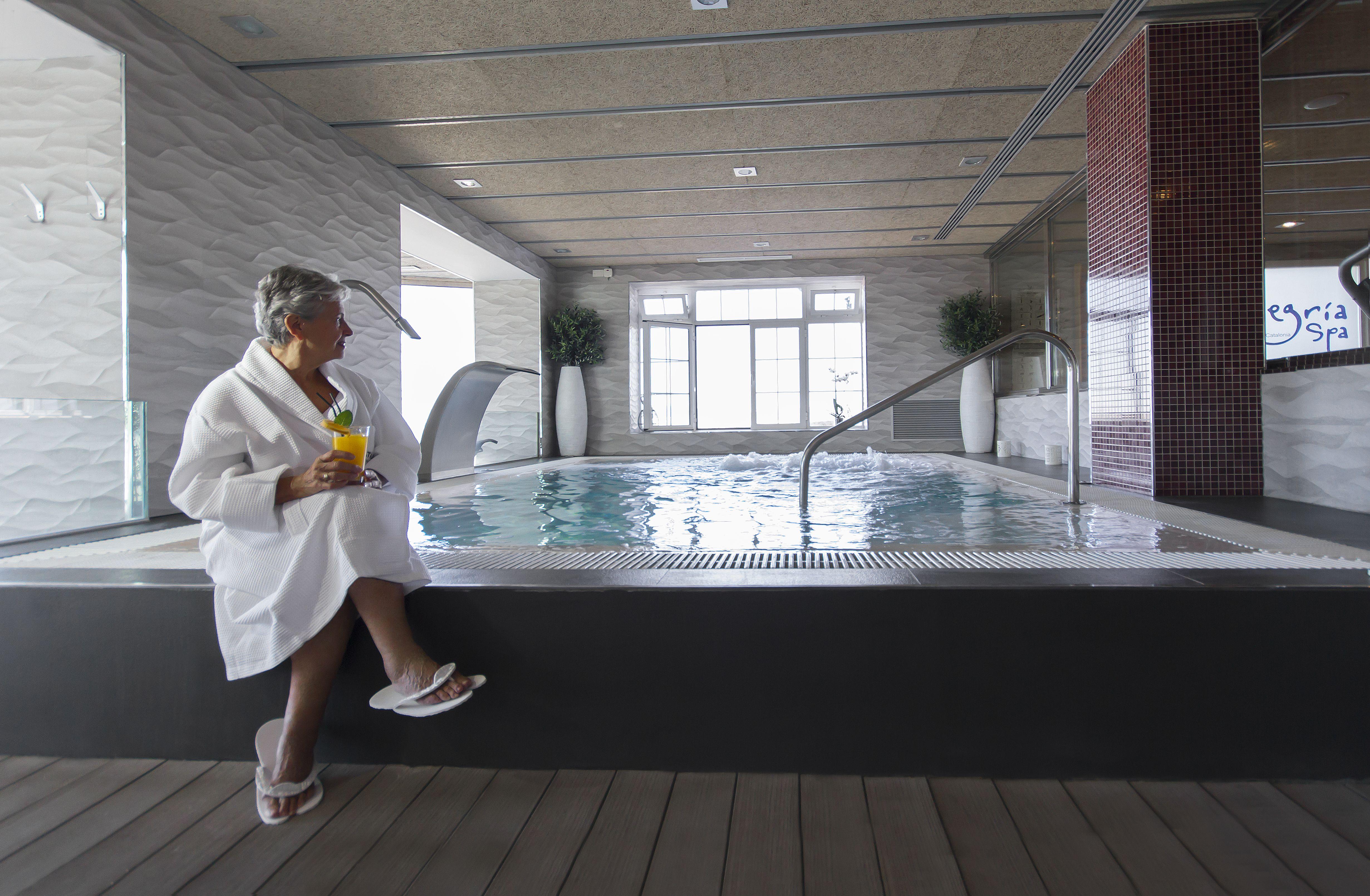 Foto 32 de Bathing Resorts and Spa en  | Alegría Spa Ronda
