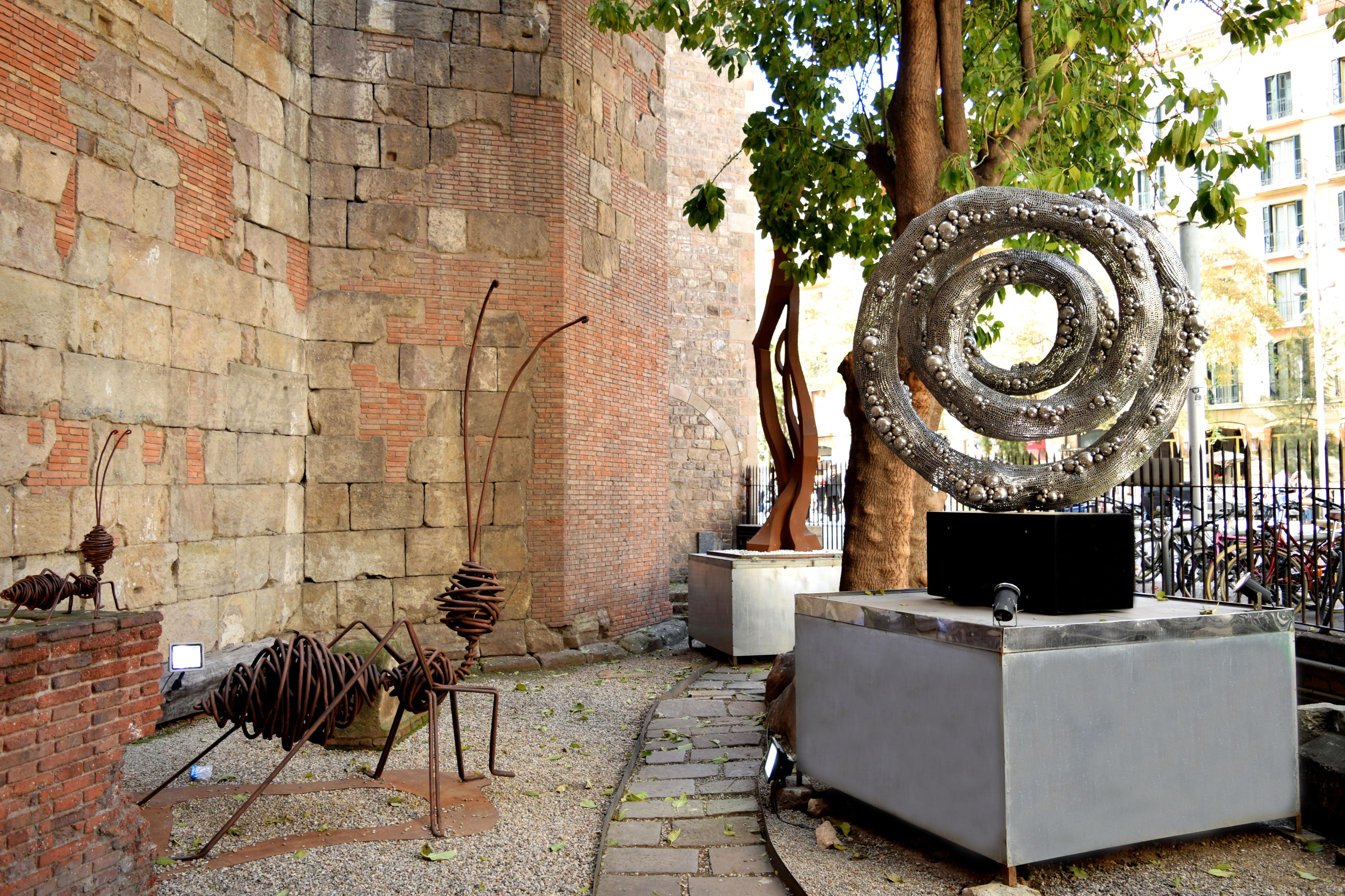 Galería de arte contemporáneo en Barcelona | Jardín de esculturas