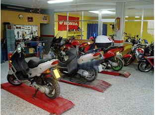 Taller de motos Donsotia