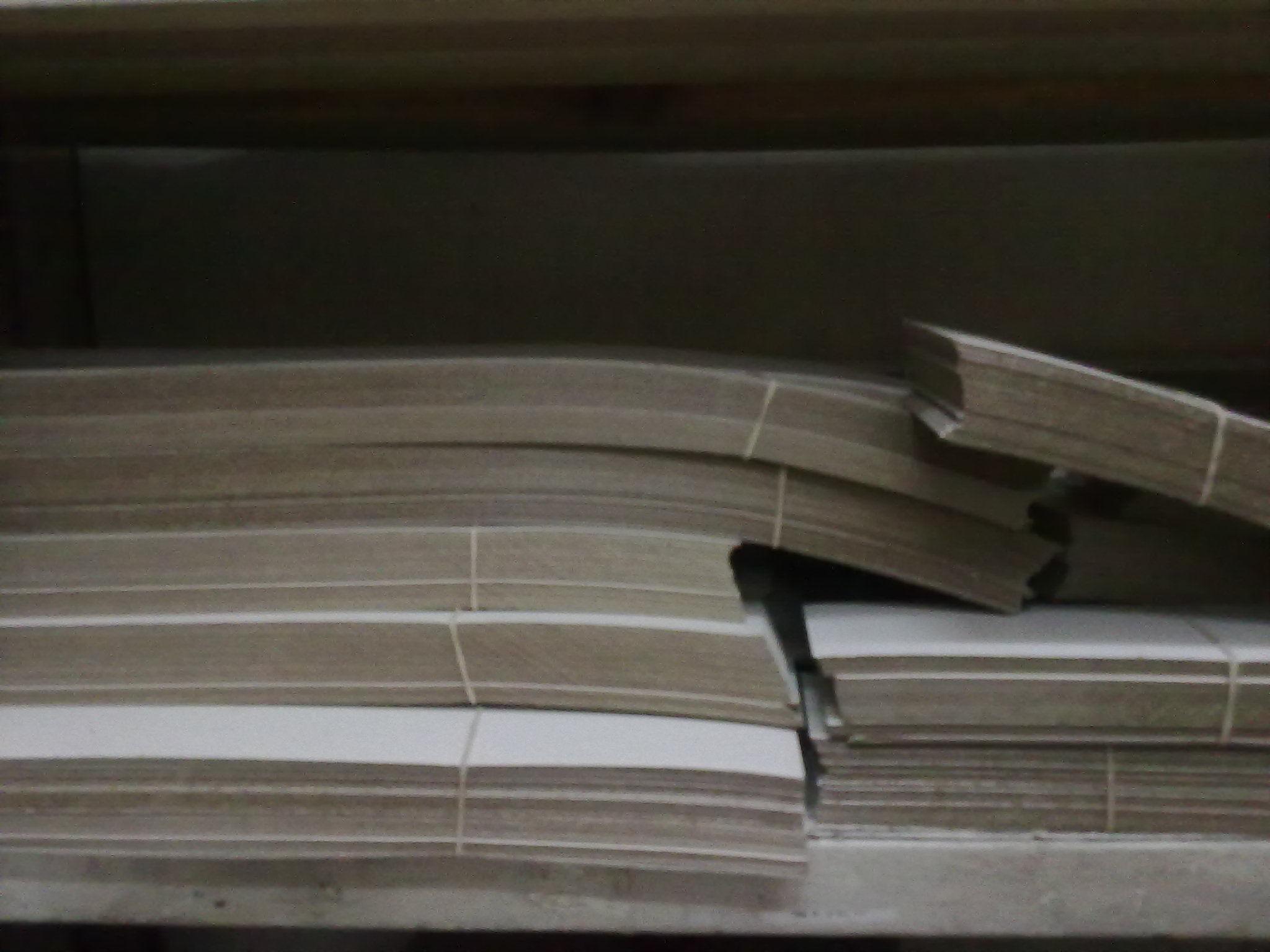 Cartón en Planchas y en Tiras: Productos y Servicios de Comercial Humanes de Tapicería, S.L.
