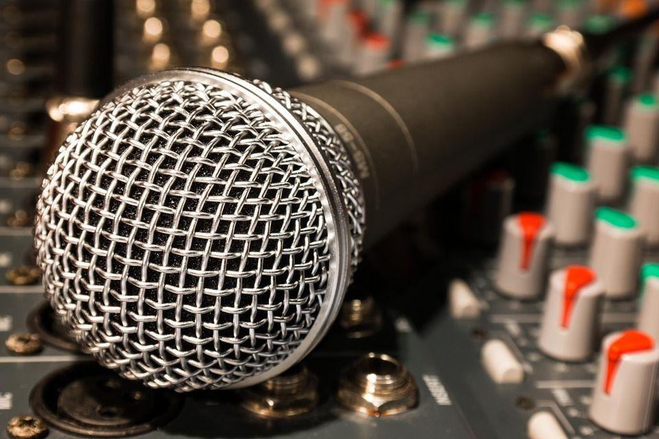 Instalación de megafonía: Servicios de Óscar Molowny Sonido Iluminación