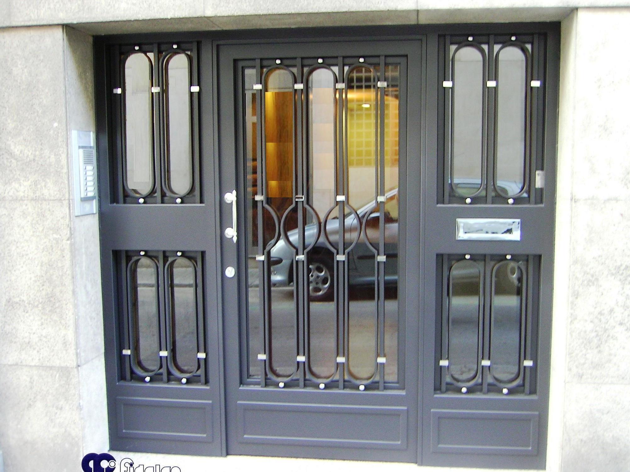 Puertas de Forja. Puertas de hierro. Puertas de garaje, etc.