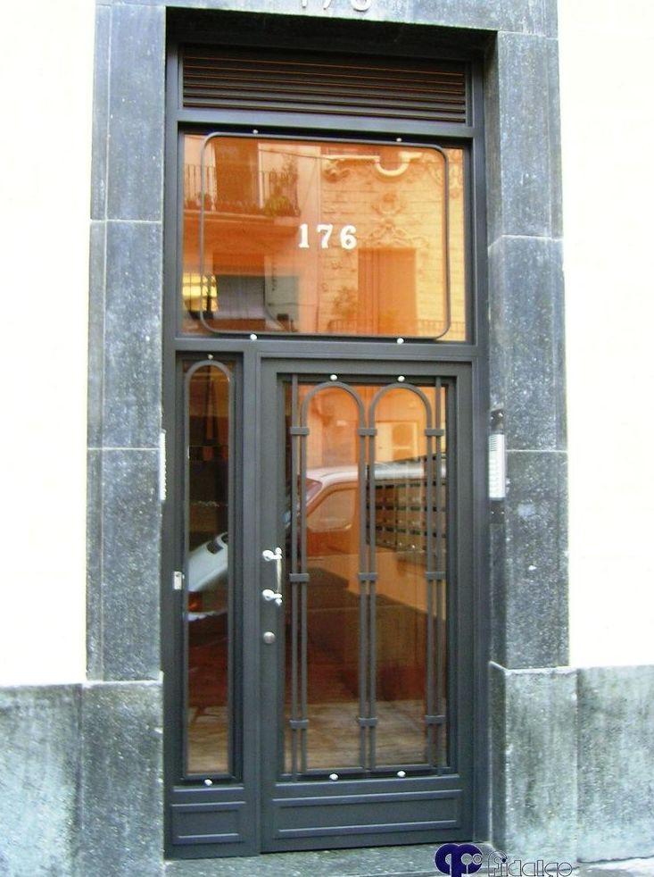 fabricantes de puertas de Hierro en Barcelona