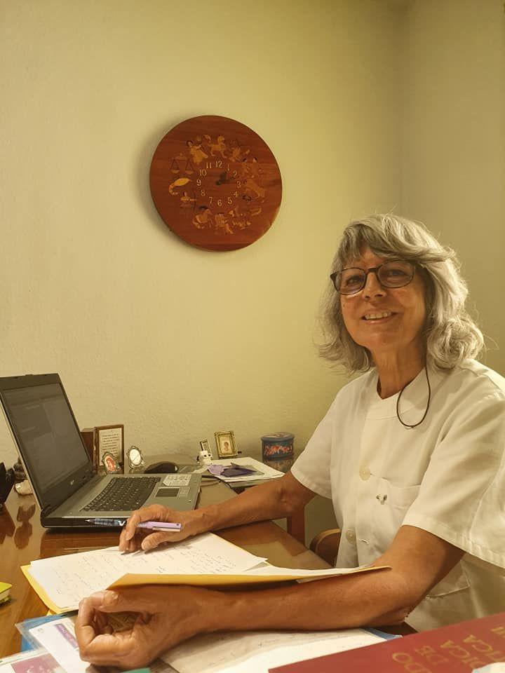 Foto 2 de Médicos homeópatas en    Dra. Elvira Dácil Heredia Gutiérrez