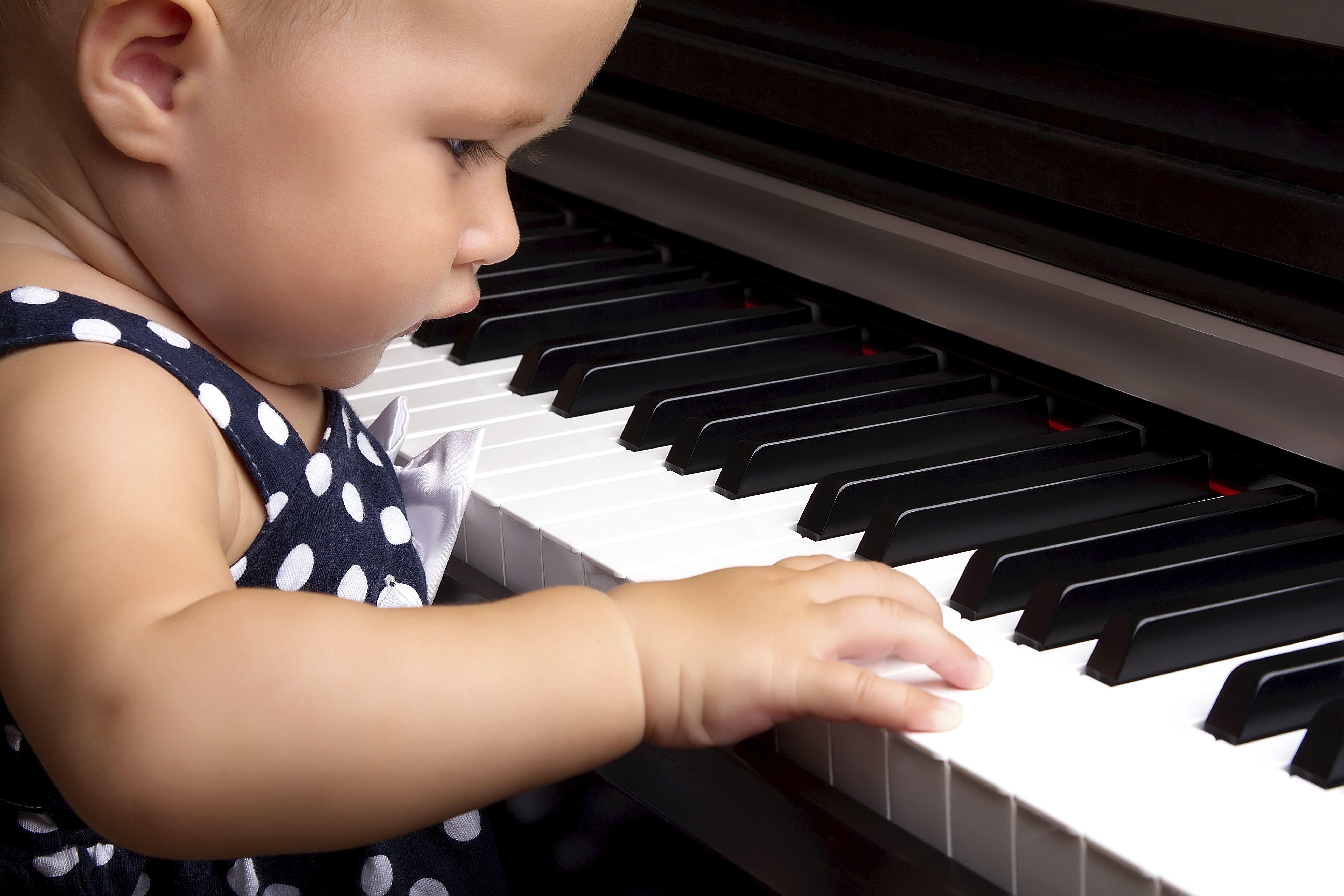 Estimulación musical: Servicios de Centro Infantil El Juglar